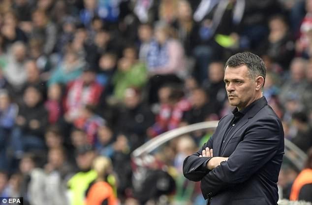 Willy Sagnol cần có thêm thời gian để giúp Bayern trở lại. (Nguồn: EPA)
