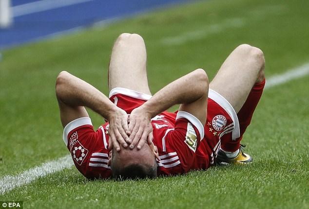 Ribery dính chấn thương. (Nguồn: EPA)