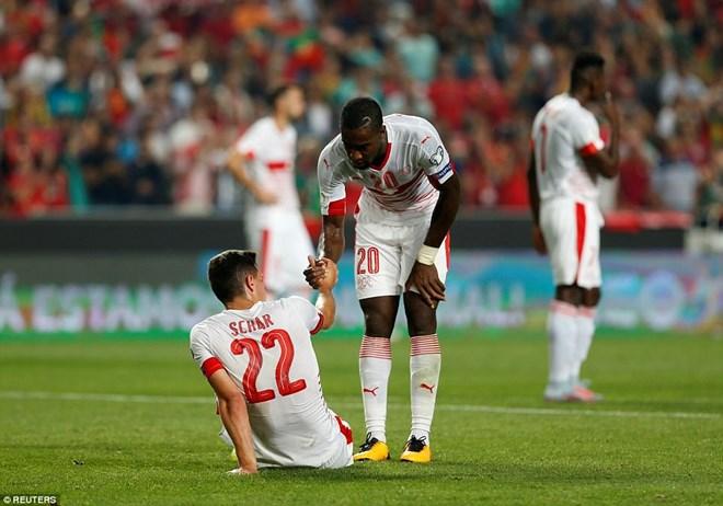 Thụy Sĩ sẽ phải đứng dậy để thi đấu play-off. (Nguồn: Reuters)