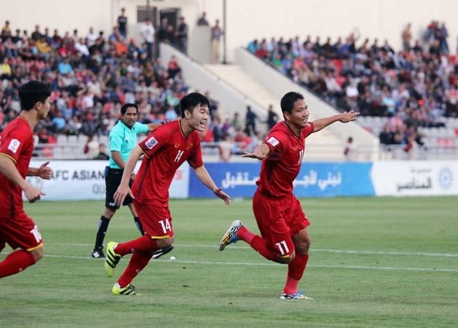 Anh Đức ăn mừng bàn thắng ghi vào lưới Jordan. (Nguồn: VFF)