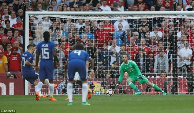 Hazard ghi bàn thắng duy nhất từ chấm 11m.