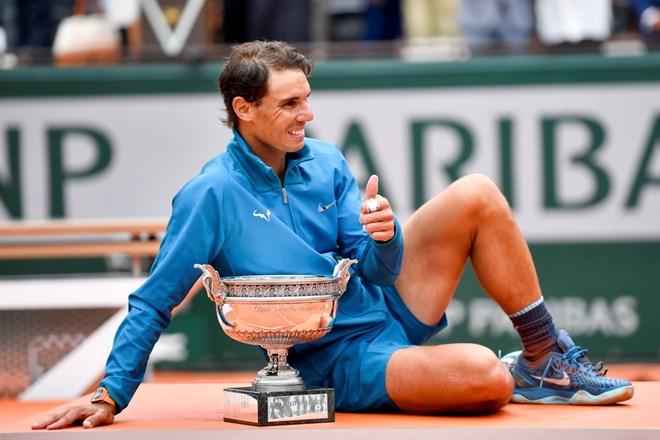 Nadal nói gì sau cú 'La Undecima' lịch sử tại Roland Garros?