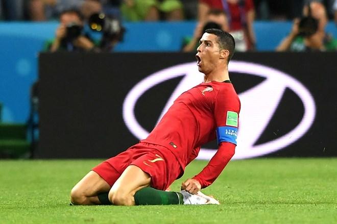 Ronaldo nói gì sau khi lập hat-trick vào lưới tuyển Tây Ban Nha? - ảnh 1
