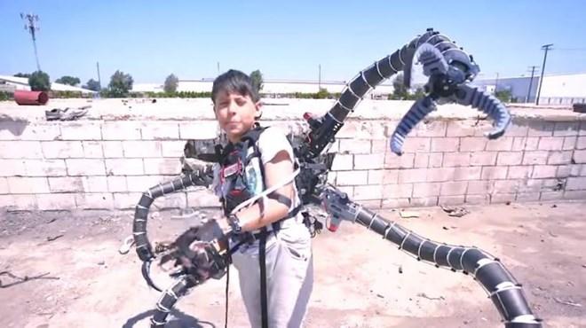droctopussuit750x421.jpg