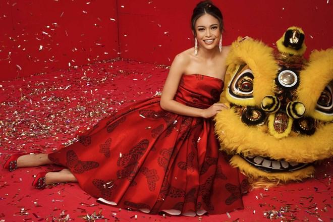 Top 3 Hoa hậu Hoàn vũ Việt Nam 2017 đỏ rực mừng Xuân mới - ảnh 4
