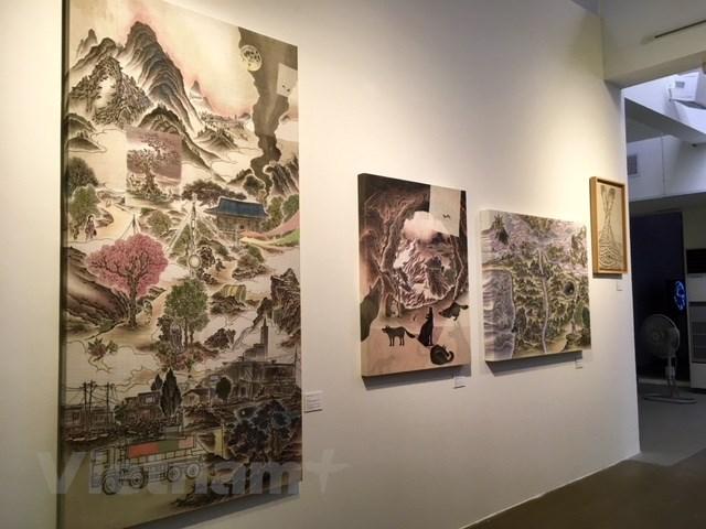 Khi mâu thuẫn nội tại của thế hệ trẻ Việt-Hàn bước vào nghệ thuật
