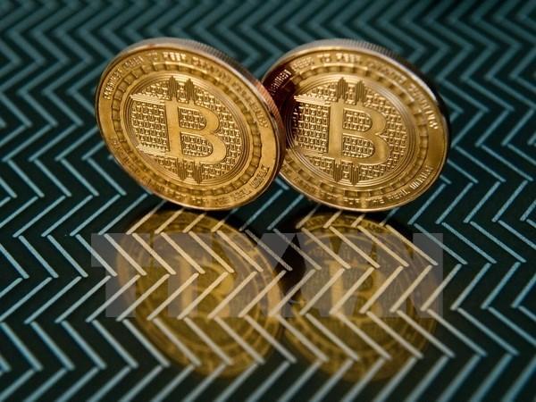 Bộ trưởng Tài chính Mỹ khuyến cáo rủi ro từ đồng tiền ảo Bitcoin - ảnh 1