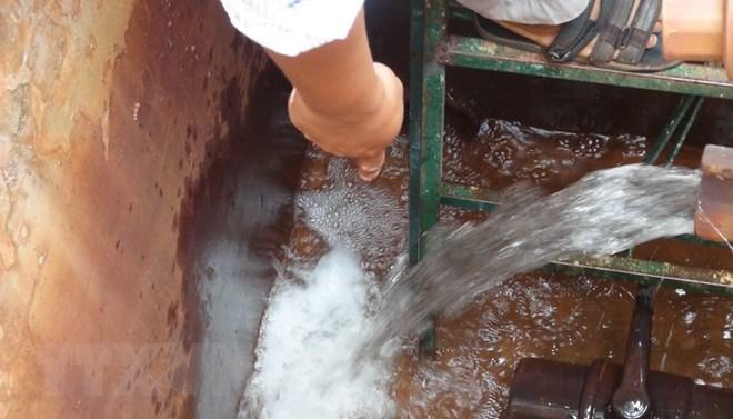 Xả nước thải nguy hại, một doanh nghiệp bị phạt gần 700 triệu đồng - ảnh 1