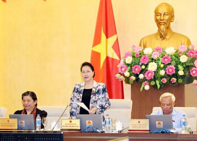 Chủ tịch Quốc hội Nguyễn Thị Kim Ngân chủ trì và phát biểu bế mạc Phiên họp thứ 24 của Ủy ban Thường vụ Quốc hội. Ảnh: Trọng Đức/TTXVN