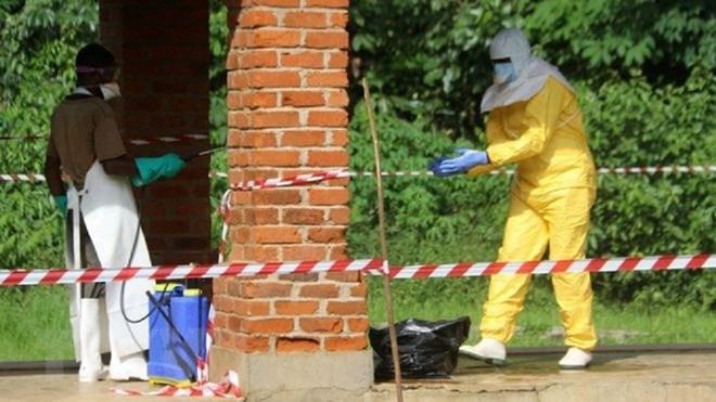 Số ca nhiễm Ebola tăng mạnh, Tổ chức Y tế Thế giới tổ chức họp khẩn - ảnh 1