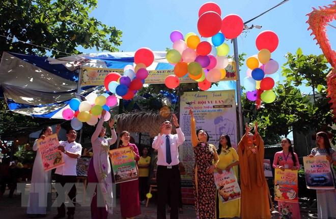 ttxvn vu lan - Mùa Vu Lan nghĩ về giá trị đạo đức trong văn hóa Việt Nam
