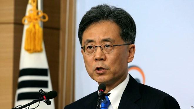 Hàn Quốc sẽ xem xét mọi khả năng khi tái đàm phán FTA với Mỹ - ảnh 1