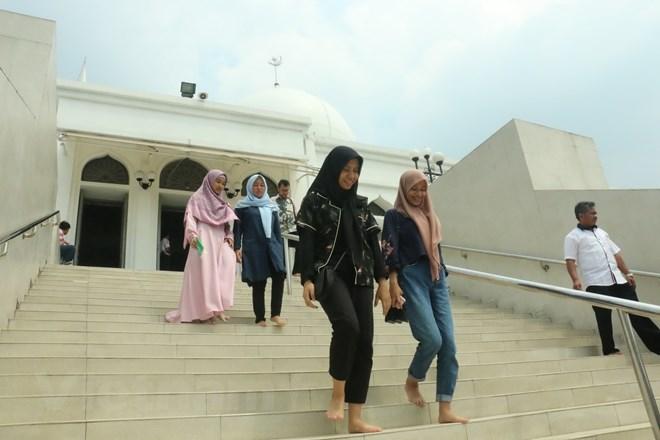 Tín đồ Hồi giáo Indonesia mong đón tháng lễ Ramadan trong yên bình - ảnh 2