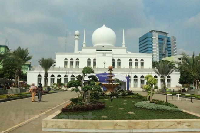 Tín đồ Hồi giáo Indonesia mong đón tháng lễ Ramadan trong yên bình - ảnh 1