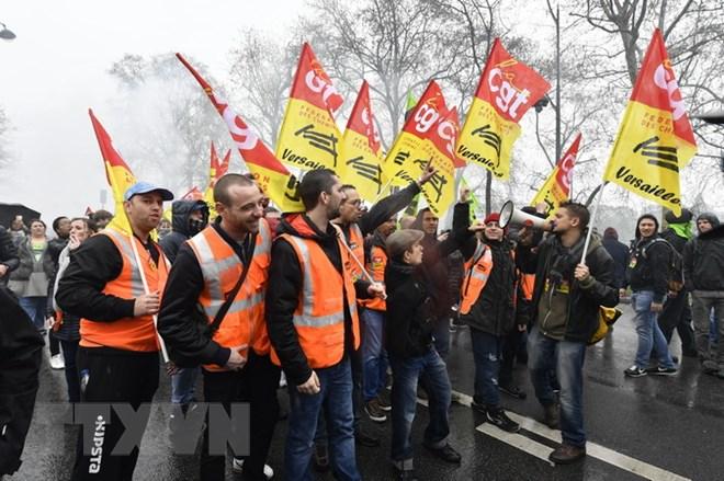 Quốc hội Pháp thông qua dự luật cải cách ngành đường sắt - ảnh 1