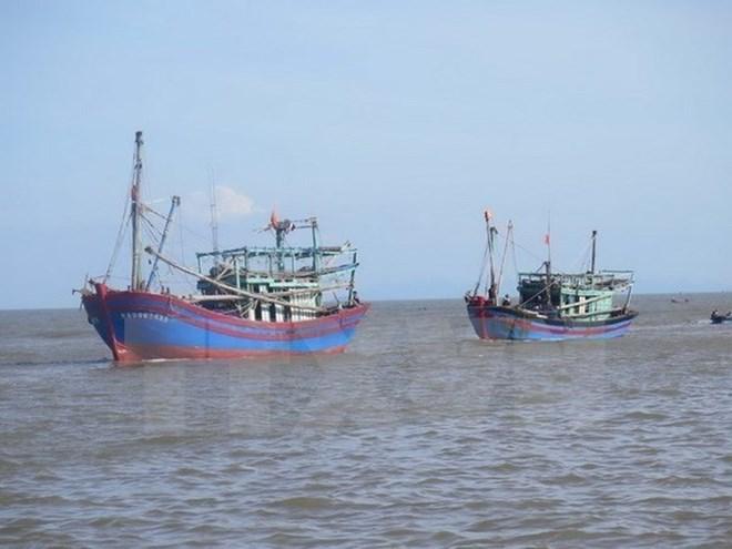 Malaysia bắt giữ 12 ngư dân và 2 tàu đánh cá của Việt Nam