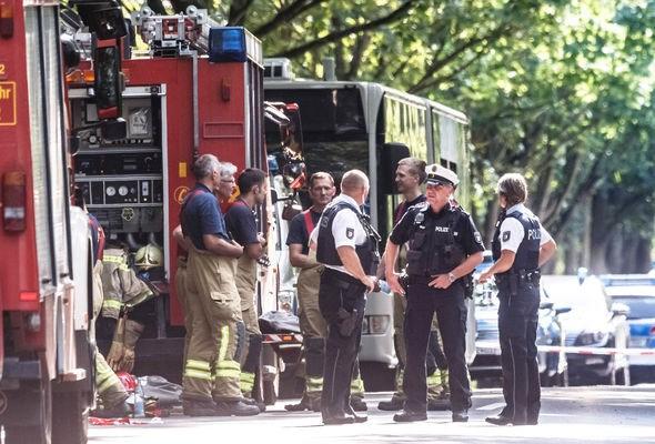 Đức xét xử thủ phạm tấn công bằng dao trên xe buýt tại Lübeck