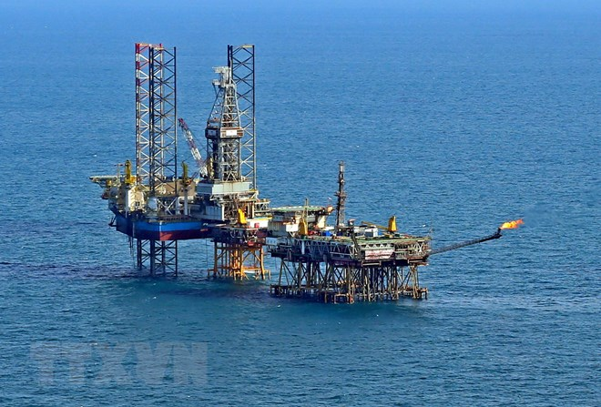 Khai thác dầu thô 9 tháng của PVN vượt kế hoạch Chính phủ giao - ảnh 1