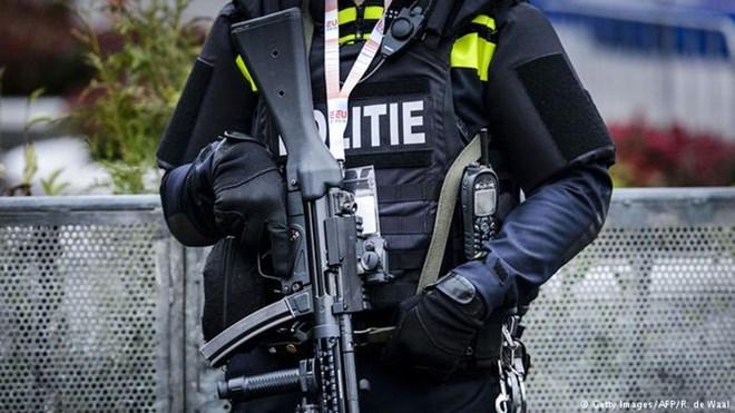 Hà Lan, Bỉ bắt giữ 4 nghi phạm khủng bố Lãnh sự quán Thổ Nhĩ Kỳ - ảnh 1