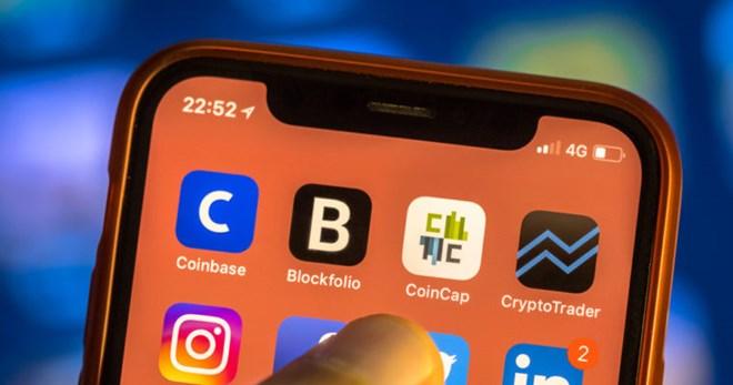 Apple cấm cửavới tất cả các ứng dụng đào tiền ảo