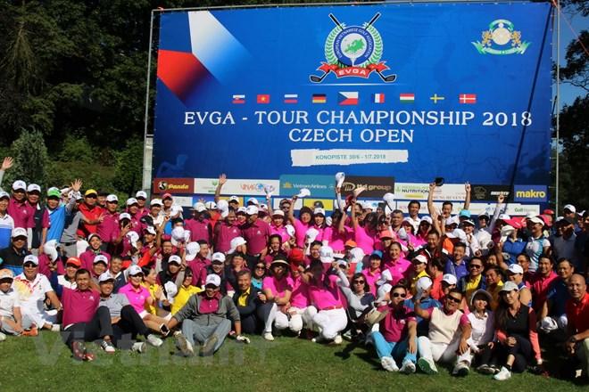 Giải golf kết nối cộng đồng người Việt Nam tại châu Âu