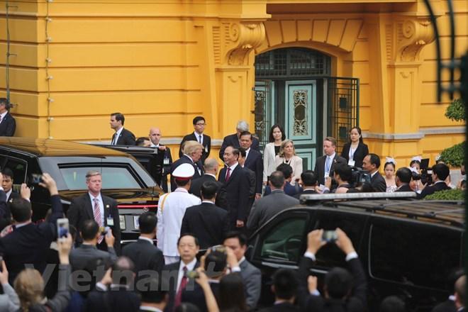 Nhận lời mời của Chủ tịch nước Trần Đại Quang, Tổng thống Hợp chúng quốc Hoa Kỳ Donald Trump thăm cấp Nhà nước tới Việt Nam từ ngày 11-12/11/2017. (Ảnh: Minh Sơn/Vietnam+)