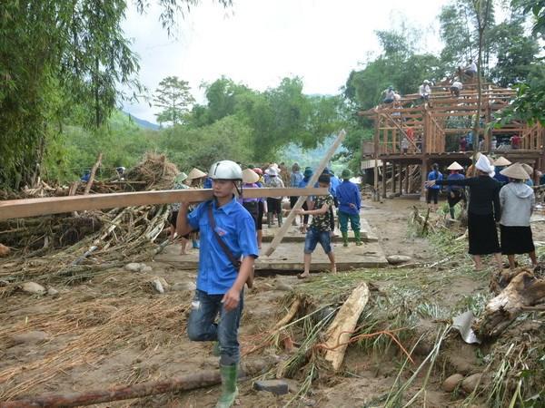 Yên Bái tích cực tìm kiếm 11 người mất tích do mưa lũ