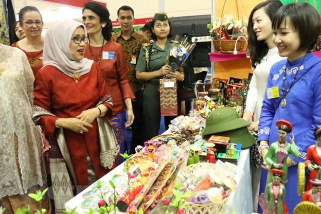 Việt Nam tham dự hội chợ từ thiện quốc tế tại Indonesia - ảnh 1