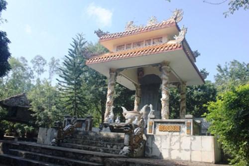Kết quả hình ảnh cho Thanh Hóa: Đầu tư Dự án nghiên cứu, khai quật khảo cổ bổ sung di tích khu lăng miếu Triệu Tường