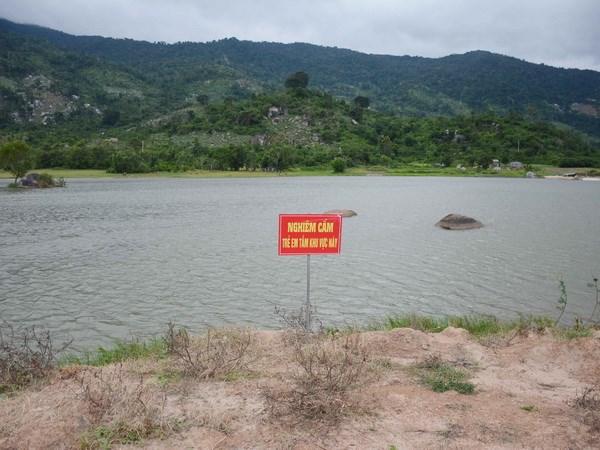 Tìm thấy thi thể hai thiếu niên đuối nước khi đi câu cá