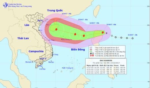 Bão Khanun áp sát quần đảo Hoàng Sa sức gió mạnh cấp 9, giật cấp 12 - ảnh 1