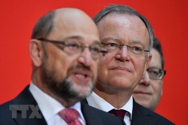 Đảng cánh hữu AfD vượt SPD, trở thành đảng lớn thứ 2 ở Đức