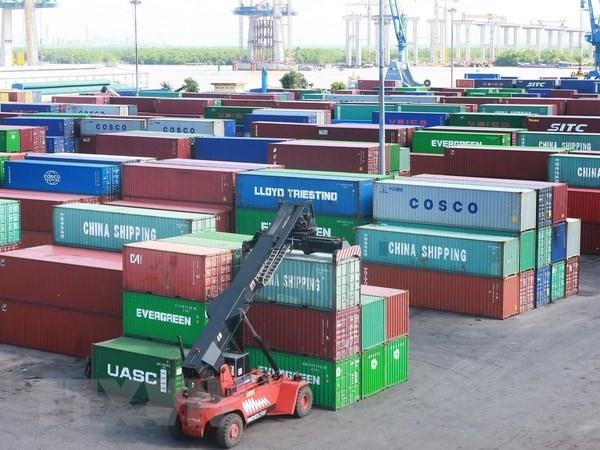 Bãi tập kết container tại Cảng Đình Vũ, Hải Phòng. (Ảnh: Lâm Khánh/TTXVN)