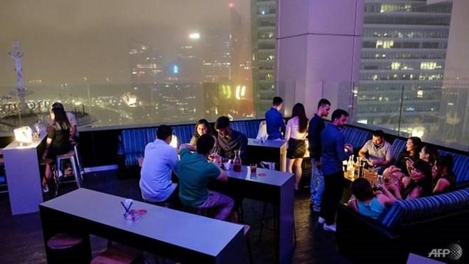 Quán bar ở Singapore chào bán gói tiệc đón Năm mới giá 1 bitcoin