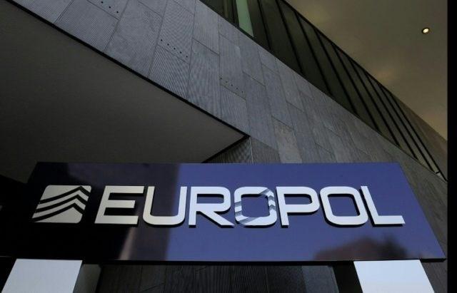 Europol triệt phá tổ chức tội phạm xuyên quốc gia, bắt 40 đối tượng