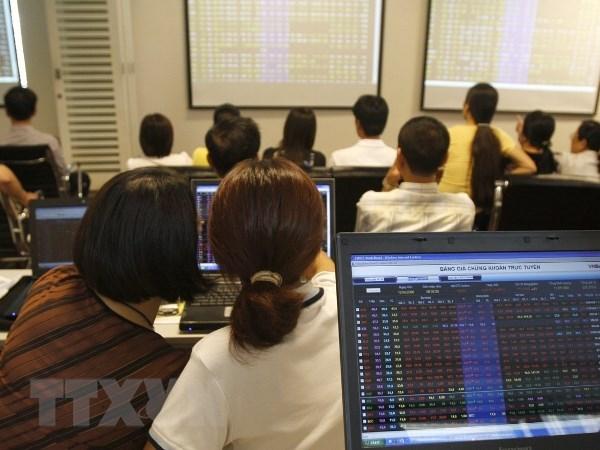 Thị trường ngập sắc xanh, VN- Index tăng gần 38 điểm - ảnh 1