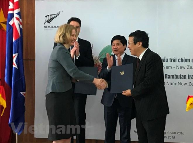 Lễ công bố Xuất khẩu chôm chôm của Việt Nam sang New Zealand, ngày 10-4. Ảnh: PV/vietnam+