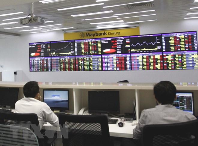 Nhóm cổ phiếu tài chính tăng giá, chỉ số VN-Index lấy lại sắc xanh - ảnh 1