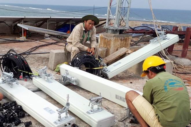 Cận Tết, Viettel hoàn tất củng cố mạng lưới viễn thông ở Trường Sa - ảnh 1