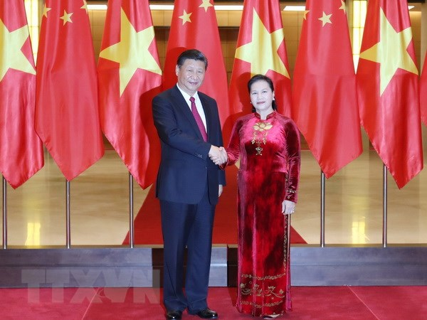 Chủ tịch Quốc hội Nguyễn Thị Kim Ngân hội kiến với Tổng Bí Thư, Chủ tịch Trung Quốc Tập Cận Bình thăm cấp Nhà nước tới Việt Nam. (Ảnh: Trọng Đức/TTXVN)
