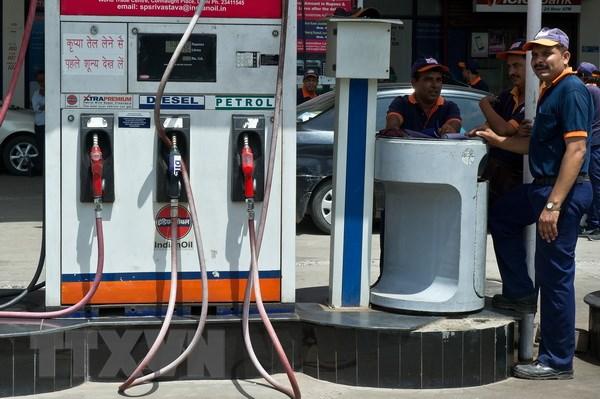Giá dầu thế giới ở mức cao nhất trong 2 năm