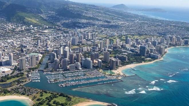 Mỹ: Báo động nhầm về tấn công tên lửa, dân Hawaii hoảng loạn - ảnh 1