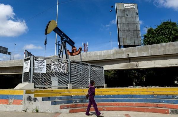 Các nước châu Á bị ảnh hưởng nặng nề khi giá dầu phá ngưỡng 80 USD - ảnh 1