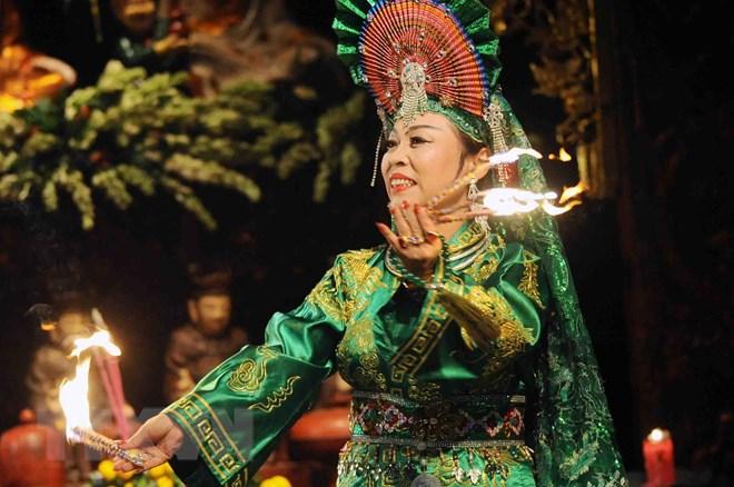 https://img.vietnamplus.vn/t660/Uploaded/rfnuu/2018_04_24/ttxvn_Thuc_hanh_Tin_nguong_tho_Mau_240418.jpg