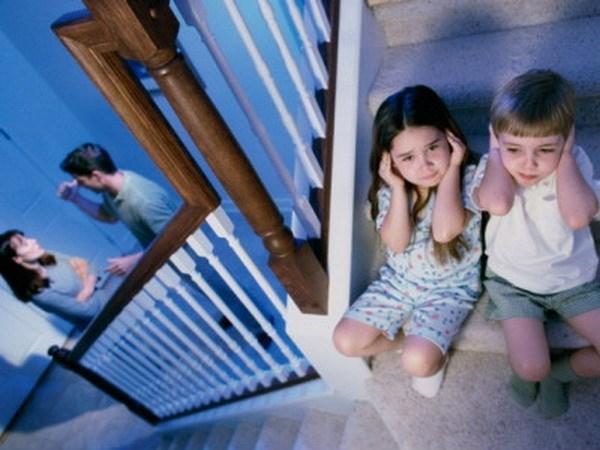 Xử lý nạn bạo hành trẻ em: Luôn gặp khó khăn khi thu thập chứng cứ - ảnh 2