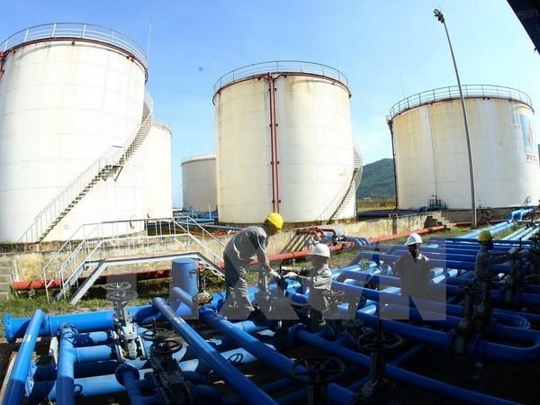Nhập khẩu xăng dầu các loại tăng hơn 31% trong 4 tháng đầu năm - ảnh 1