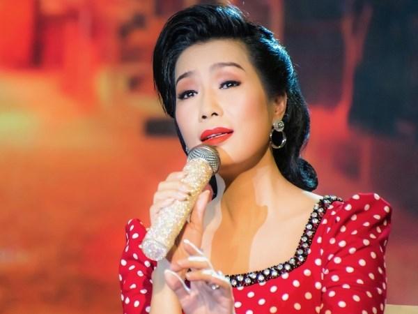 Diễn viên Trịnh Kim Chi bất ngời lấn sân hát Bolero đầy mượt mà - ảnh 1