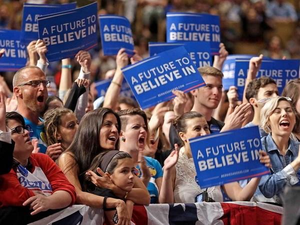 Giới trẻ Mỹ đang có cái nhìn tích cực về chủ nghĩa xã hội Sanderssupporters